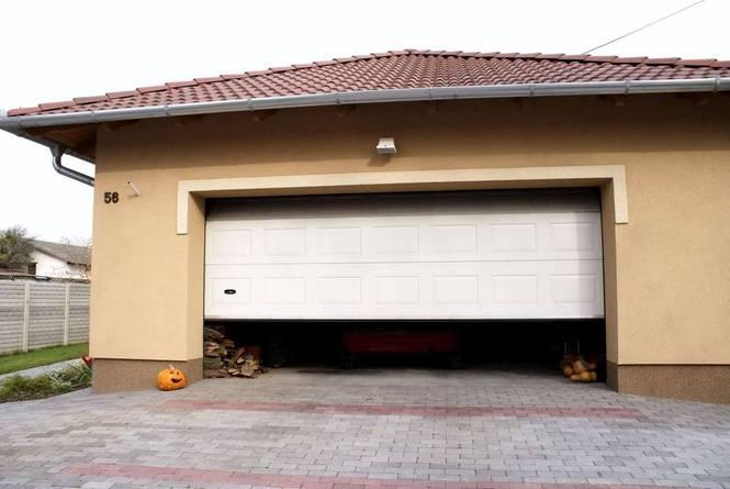 Купить секционные ворота для гаража одесса гаражи купить рязань